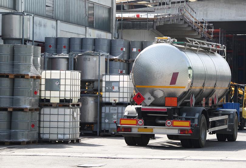 химикали до Иран
