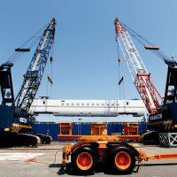 Специализиран транспорт на тежки машини Франция-Иран
